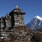 Chortens at Dzongri
